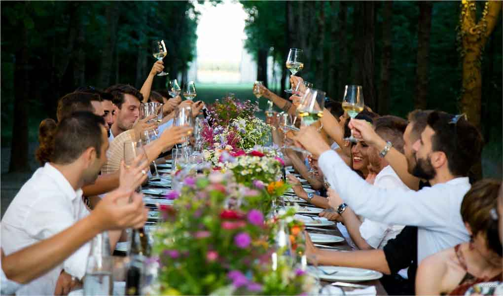 meet mature singles at weddings reunions